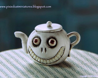 Grinny Teapot - Witchy Range