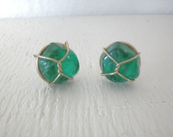 Vintage Green Glass Earrings Marbled Wire Caged Clip On Mid Century Gold Tone Round Costume Jewelry GallivantsVintage