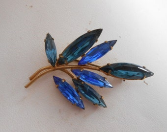 Vintage brooch,Exquisite blue marquise crystal Juliana style brooch, retro brooch, madmen brooch, classic elegance brooch, 1950s jewelry
