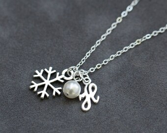 Sterling Silver Snowflake Necklace, Personalized Initial Jewelry, Winter Bridesmaid Gift, Pearl Initial Necklace