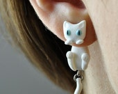 White Cat Clinging Earrings - blue eyes - Gifts for her