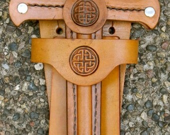 DAGGER & sword BELT SET w/ Celtic Knot Emblem - Handmade Leather