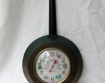 Vintage mid century hammered copper kitchen wall thermometer, retro kitchen