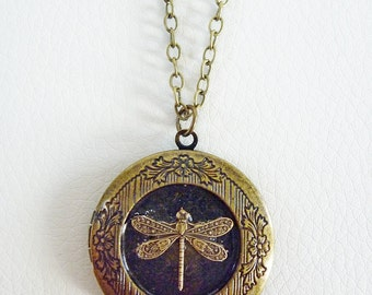 Vintage Locket in Antiqued Brass Pendant with a beautiful detailed Dragonfly - ON SALE