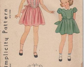 "Sz 8-1940's Girl's Dress and Panties Simplicity 3368 Breast 26"""