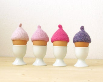 Egg cozy for Easter - cherry blossom pink pastel - felted acorn cap - Set of four - Cozy gift - Easter table decor