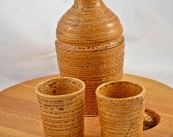 Japanese Pottery Sake / Saki Set, Okinawa 1968