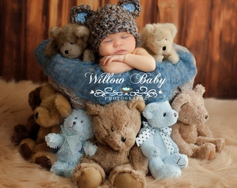 SALE & READY Baby Hat  - Baby Bear Hat  - Baby Boy Hat Made with Soft Chunky  Yarn 0 -12 months