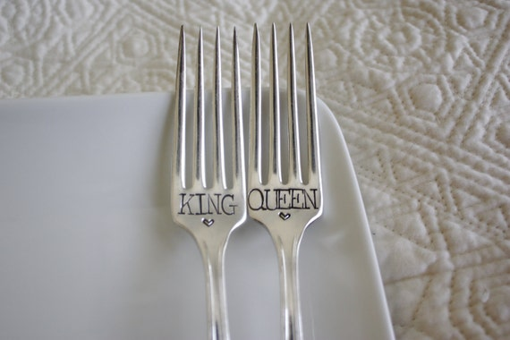 KIng & Queen fork set with hearts - large font - hand stamped - perfect gift for a wedding, anniversary or everyday use