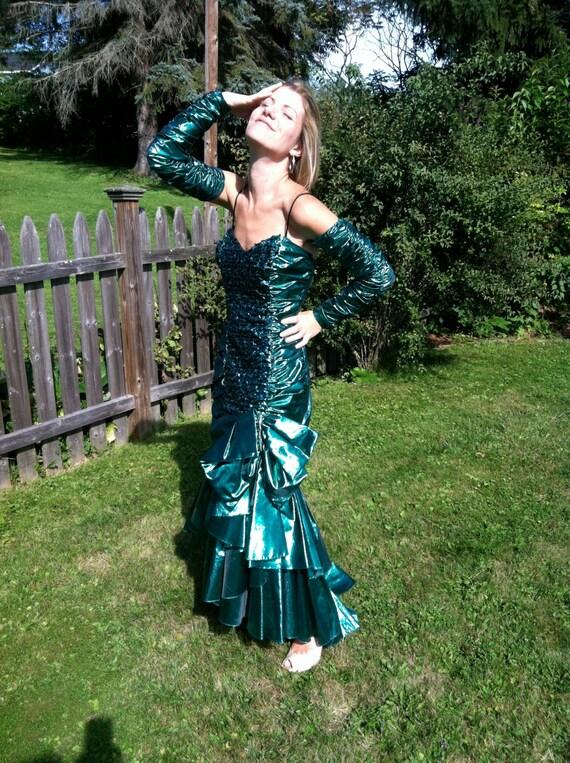 Green metallic mermaid dress white trash wedding bridesmaid dress
