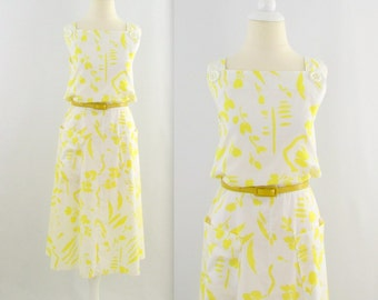 On Sale Vintage 1980s Aline Cotton Dress in White w/ Yellow Print - Medium Large
