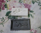 Clay Stamp Lizard Gecko Pottery Press Mold Relief Mold or Sprig Mold Bisque Clay Stamp for Ceramic Decoration and Texture White