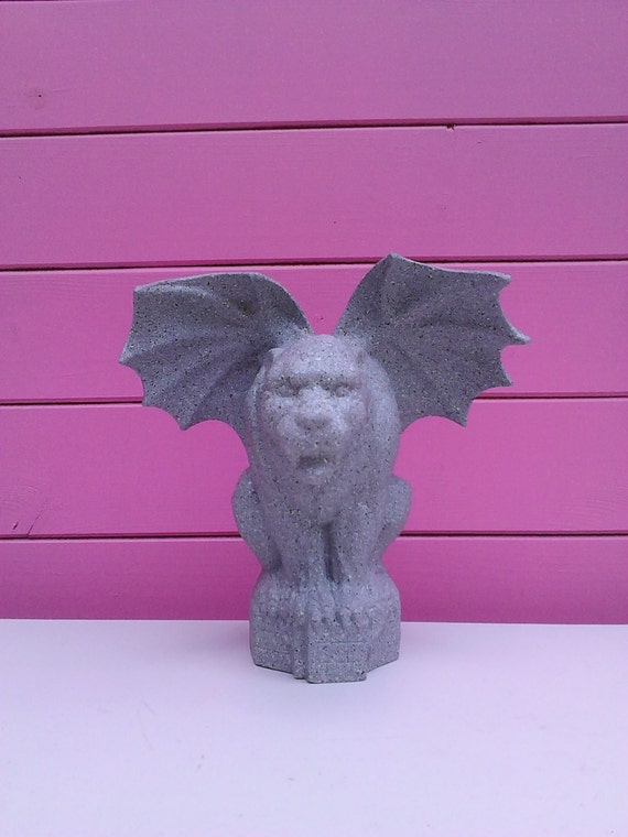 Gargoyle halloween decor gargoyle decor spooky decor for Gargoyle decor