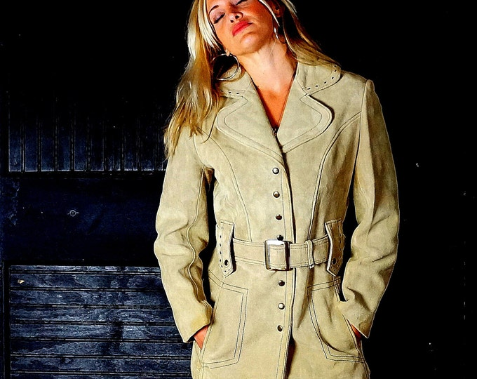 Mod Suede Trench 1970s NWT Beige Snap Down Spy Jacket Retro Casual Day Coat Small- Medium 2 4 6 Vintage New With Tags Dead Stock the Tannery