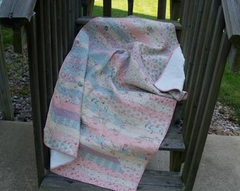 Shabby Chic Pink/Blue Strip Quilt