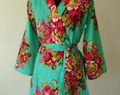 DD2 Bridesmaid Robe, Bridesmaids gift, Bridal party gift robe, green Spa robe, Cotton Floral Print Bath Robes, Getting ready robe DD2