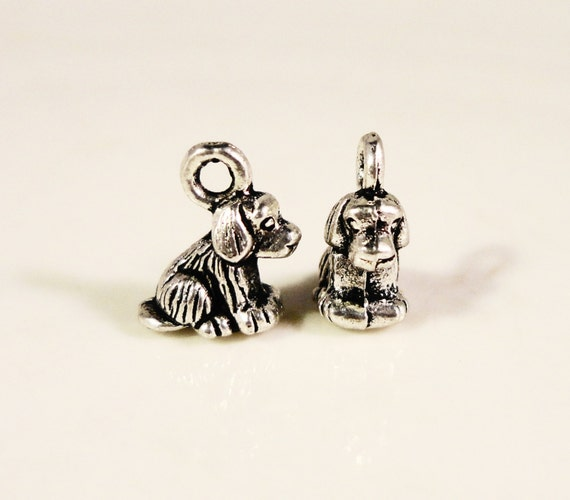 Silver Dog Charms 10x8mm Antique Silver Tone Metal Alloy Small 3D Dog Puppy K9 Animal Charm Pendant Jewelry Findings 10pcs