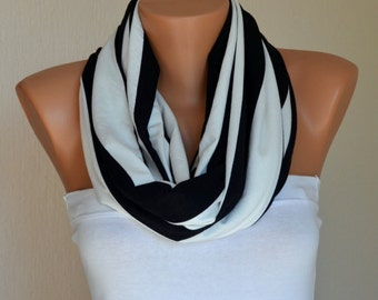 Retro style Black And white stripe cotton infinity scarf-Loop scarf-Cowl-Neck warmer-Women scarves-Accessory-Christmas gifts-Boho scarf