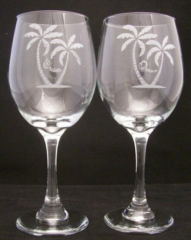 Tropical Bride groom Wedding Toasting Glasses wedding gifts