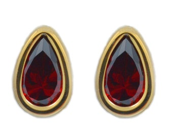 14Kt Yellow Gold Garnet Pear Bezel Stud Earrings