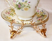 Deer brooches/ collar tips (1)
