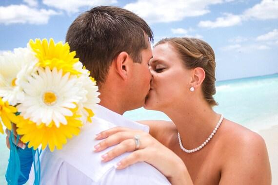15 Piece Daisy Bridal Bouquet Wedding Bouquet Set,  Daisy Bouquet, Yellow Daisy Bouquet, Yellow white bouquet, Malibu blue bouquet