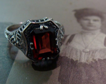 Pretty Sterling Garnet Ring  Size 6 3/4 Victorian style