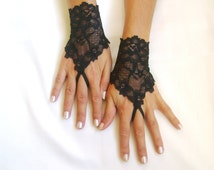 Black elastic lace gloves  fingerless gloves lace armwarmers black gloves free ship