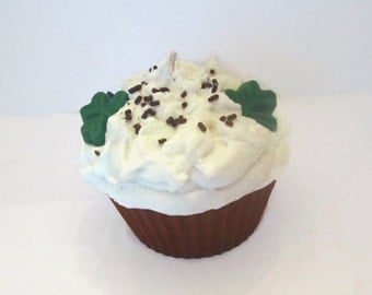 Jumbo Baileys Irish Cream Cupcake Candle