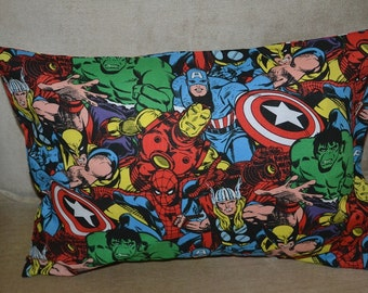 Travel Pillow Case / Child Pillow Case Marvel SUPER HEROES AVENGERS / Iron Man / Thor / Capt America / The Hulk