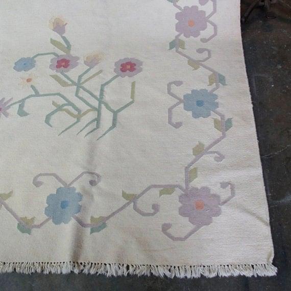 Vintage Kilim Rug Dhurrie Rug Ivory Floral Big Room