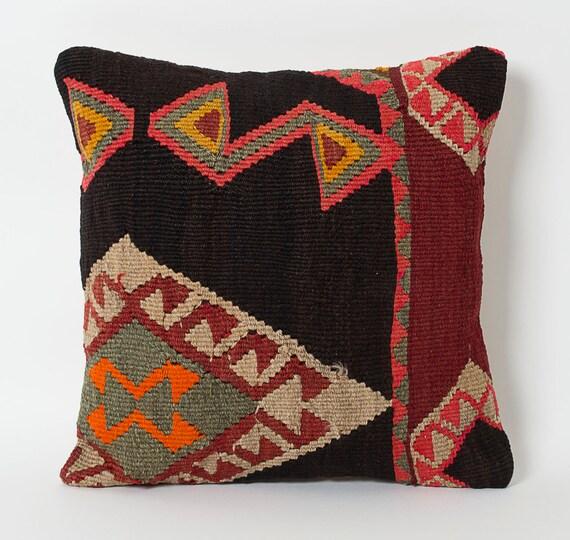 coussins couverture de kilim decoratifs kilim oreillers With tapis kilim avec housse de coussin rectangulaire pour canapé
