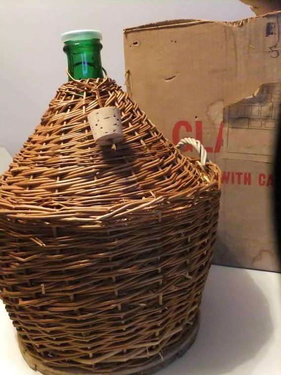 bouteille de vin dame jeanne. Black Bedroom Furniture Sets. Home Design Ideas