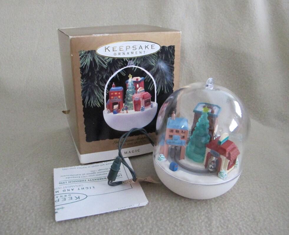 vintage 1993 working hallmark christmas keepsake ornament with