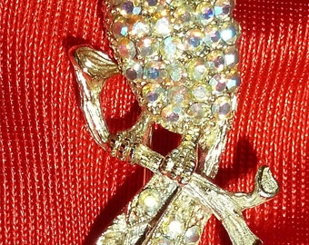 Beautiful 1960's Rhinestone Bird On A Branch Brooch Pin Gold Tone - Free Shipping
