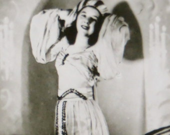 1940's I Dream Of Jeanie Beautiful Woman In Middle Eastern Dress Snapshot Photo - Free Shipping