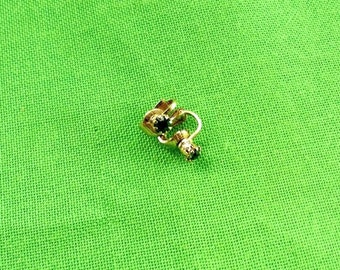 Vintage Clip-On Earring with Green Rhinestone (item 747)