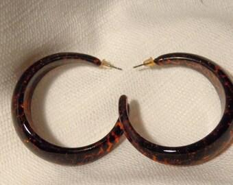 VINTAGE Hoop Earrings LUCITE HOOP earrings leopard print tortoise hoop earrings 2 inch