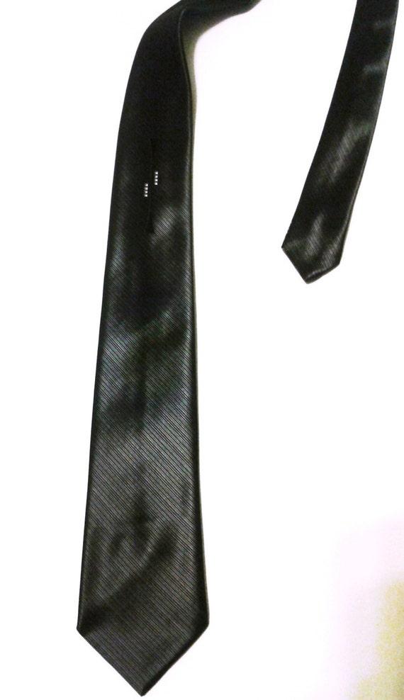 gorgeous mod wembley tie