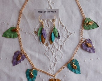 Vibrant Leaf Necklace in Multicolored