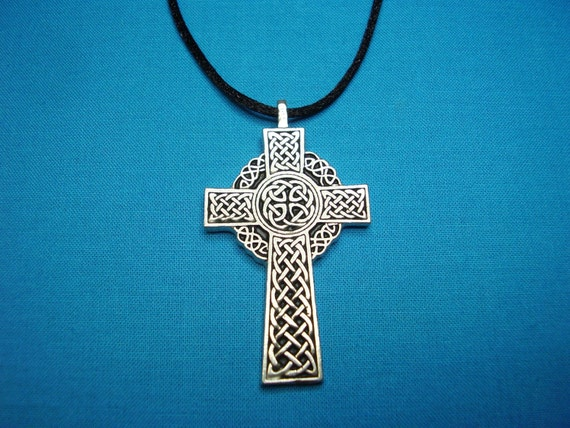 Small Celtic Cross Necklace, Pendant, Jewelry in Silver Pewter, STK002