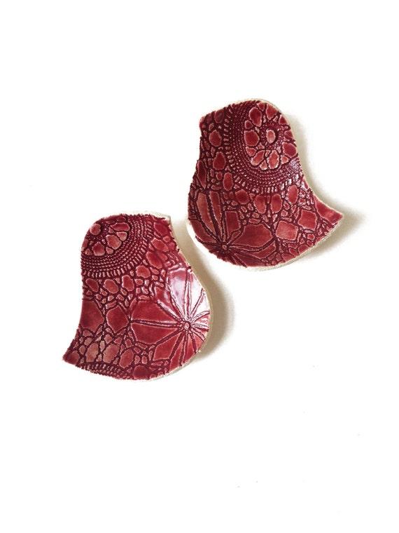 Pottery Love Bird Bowls Mid Century Modern Red Stoneware Ceramic Lace Design Wedding Anniversary Housewarming Wedding ceremony ring bearer