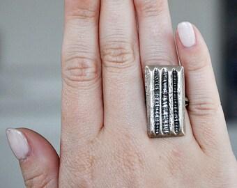 Vintage Modernist Silver Statement Ring