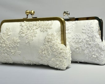 French Lace Pearl Bridal Clutch, Ivory Bridal Clutch, Formal Purse, White Clutch, Lace Wedding {French Lace & Pearl Bridal Kisslock}