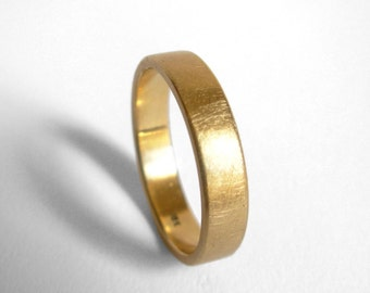 18K Gold Ring - 4mm yellow gold wedding band, made to order in your size