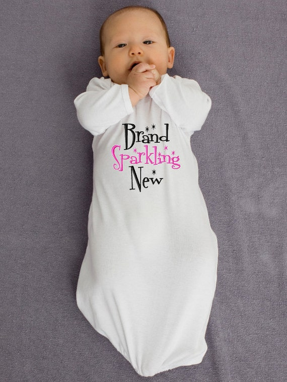 Go Search EN Hello lbs ♥Perfect for baby girl coming home outfit,baby gift,photo shoot 4Pcs Newborn Baby Boys Girls Hello World Romper Hearts and Arrow Pattern Leggings with Hat Headband Clothes Outfit Set. by Miward. $ $ 5 5 out of 5 stars 1. Product Features.