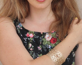 Dominant Bridal Bangle , Gold Filigree Bangle , Thick Bracelet , Filigree Wedding Jewelry , Gold Lace Bangle , Bridesmaids Bracelet