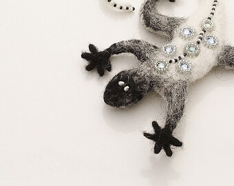 Felted Animal Brooch, Whimsical Lizard - Needle Felted Brooch, Art Felt Jewelry, Black and White Lizard