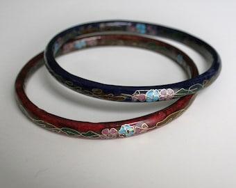TWO Chinese Cloisonne Enamel Vintage Asian Bangle Bracelets Gold Red Blue