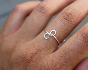 Silver Infinity Knot Ring (Sideways)